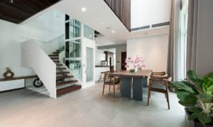 Space efficient residential lift
